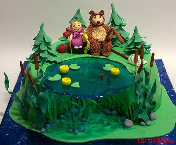 Immagine della torta di Masha e Orso n.78