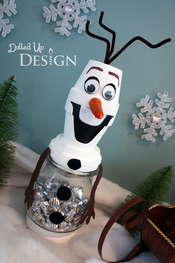 Come creare Olaf di Frozen con dei vasetti di terracotta