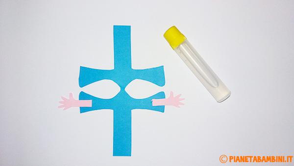 Come aggiungere le mani del pagliaccio al corpo centrale