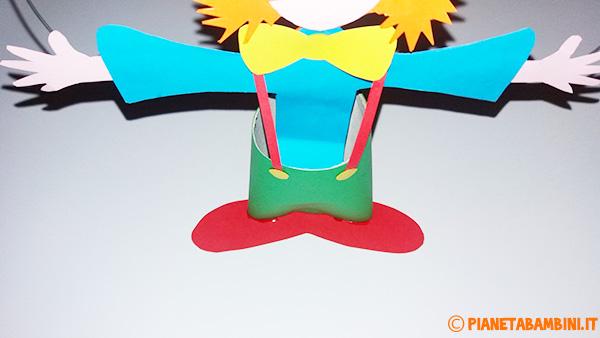 Come creare il papillon ed i piedi del pagliaccio