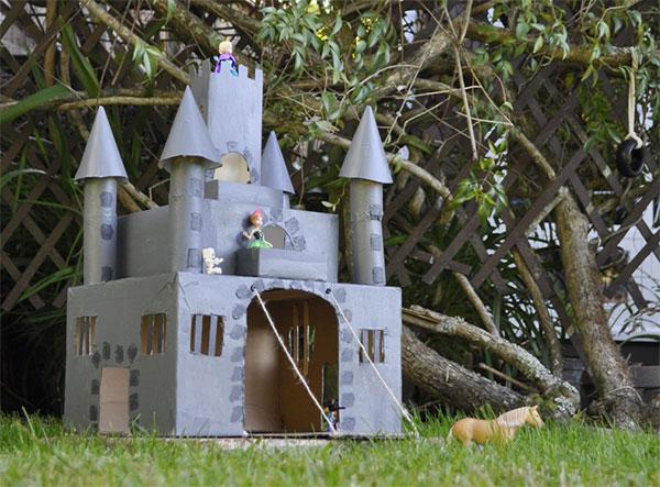Come creare un castello con il cartone