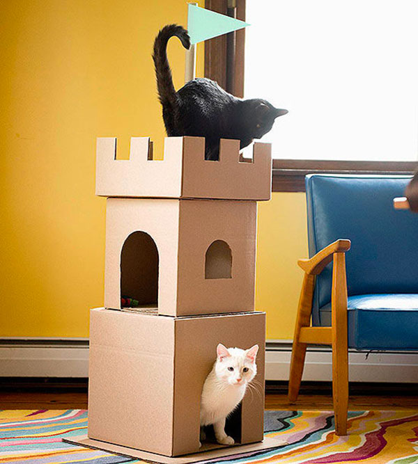 how to make cat house out of cardboard boxes