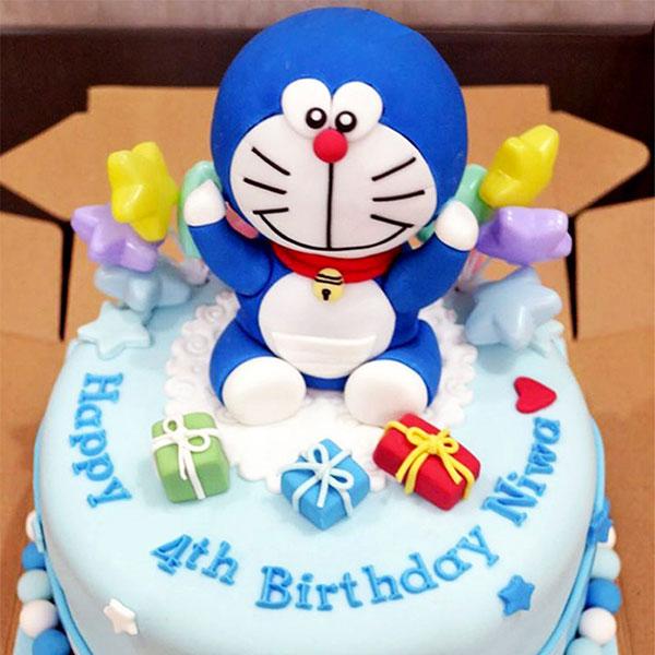 Torta di Doraemon in pasta di zucchero n.01