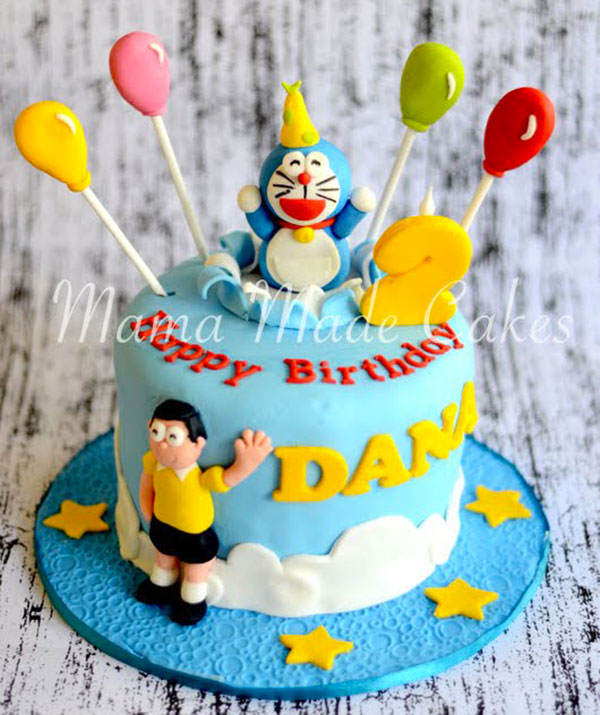 Torta di Doraemon in pasta di zucchero n.03