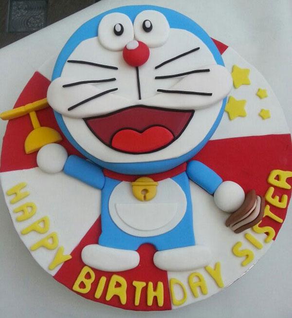 Torta di Doraemon in pasta di zucchero n.08