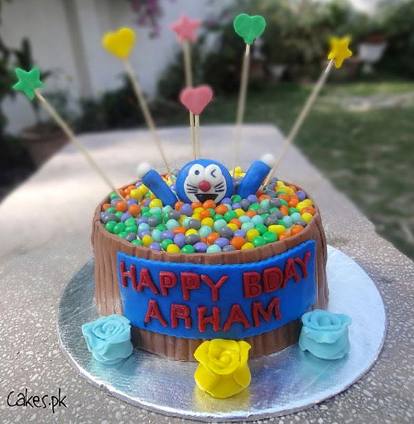 Torta di Doraemon in pasta di zucchero n.13