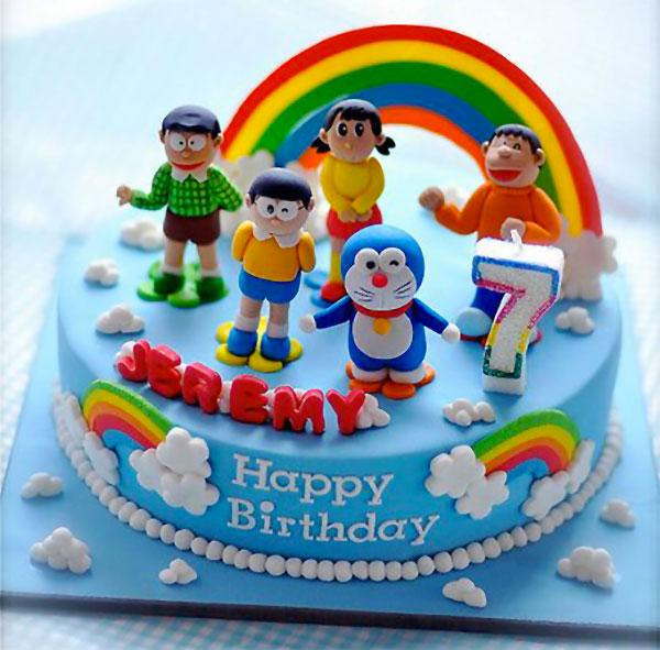 Torta di Doraemon in pasta di zucchero n.19