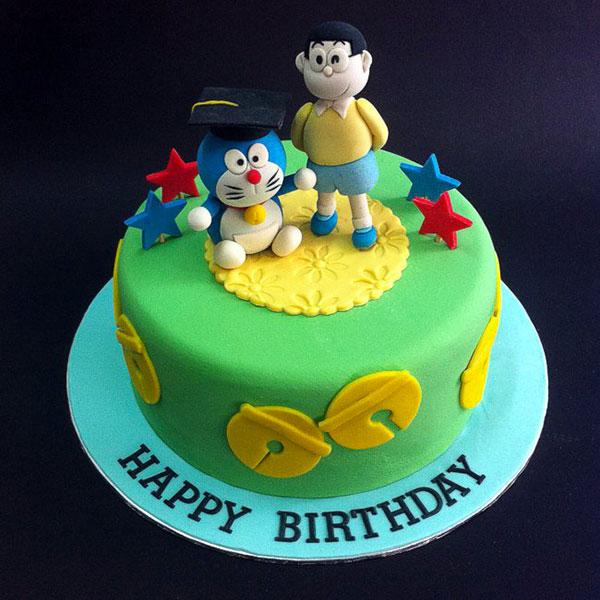 Torta di Doraemon in pasta di zucchero n.20