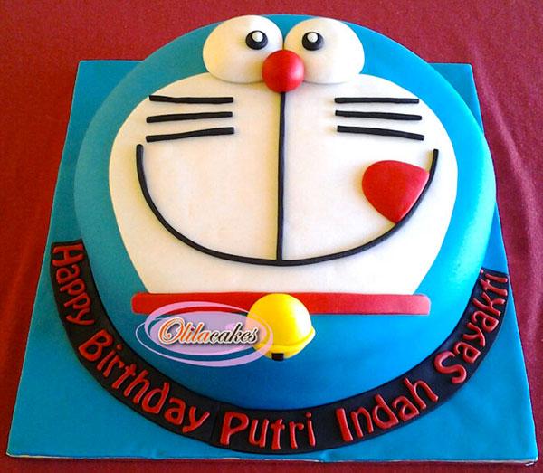 Torta di Doraemon in pasta di zucchero n.24
