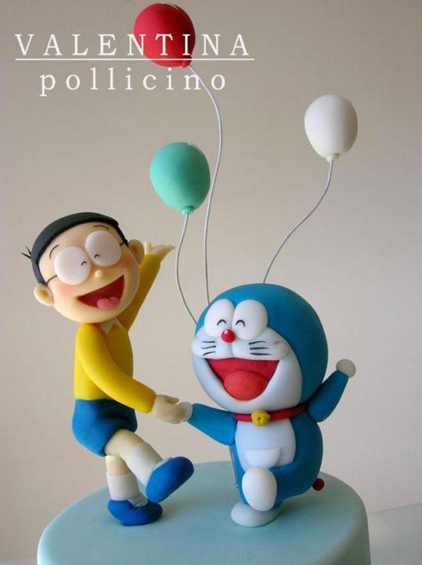 Torta di Doraemon in pasta di zucchero n.28