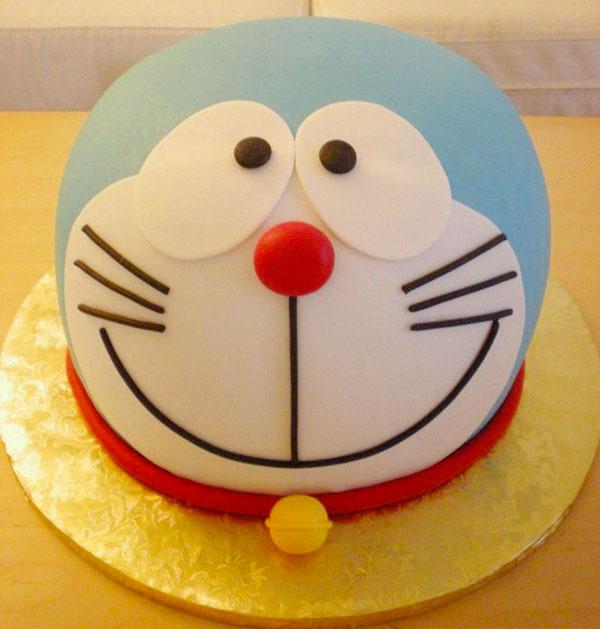 Torta di Doraemon in pasta di zucchero n.30