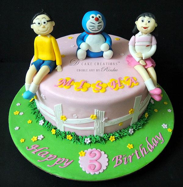 Torta di Doraemon in pasta di zucchero n.31
