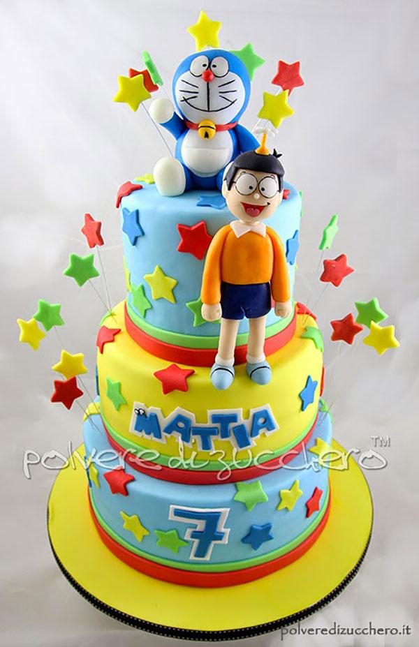 Torta di Doraemon in pasta di zucchero n.37