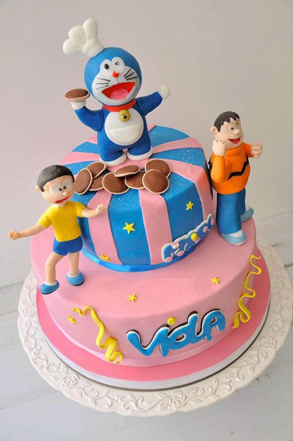 Torta di Doraemon in pasta di zucchero n.39