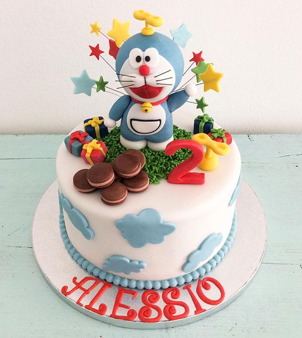 Torta di Doraemon in pasta di zucchero n.40
