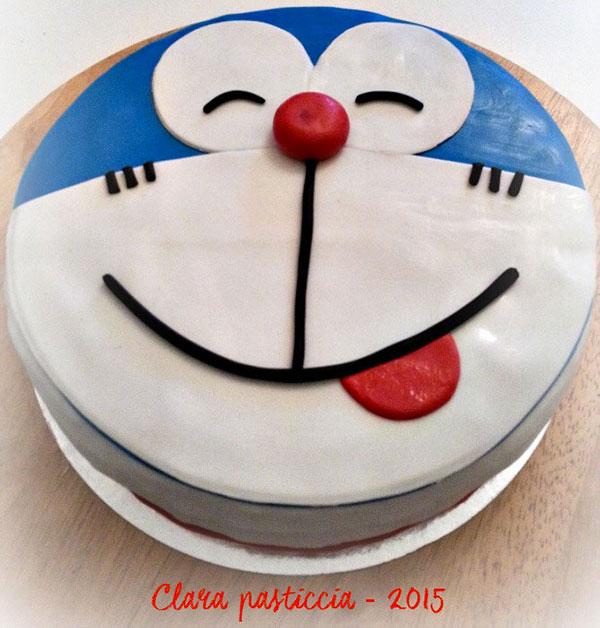 Torta di Doraemon in pasta di zucchero n.47
