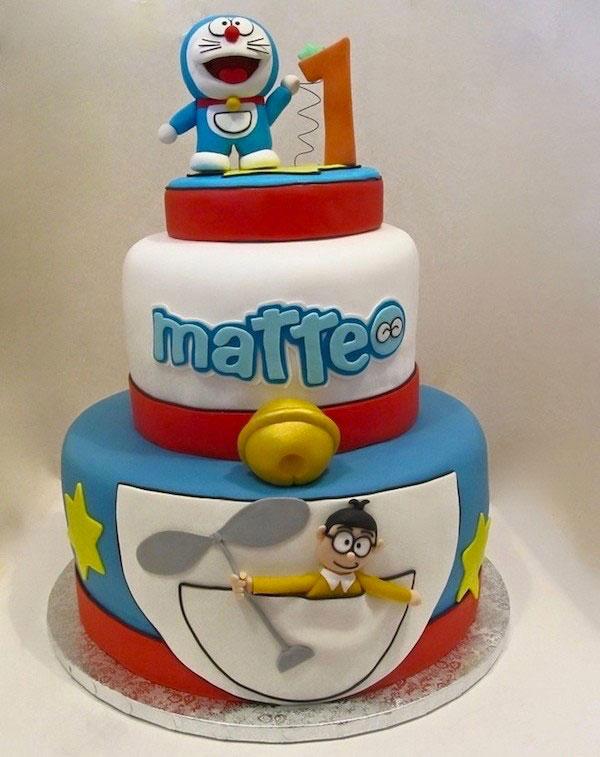 Torta di Doraemon in pasta di zucchero n.49