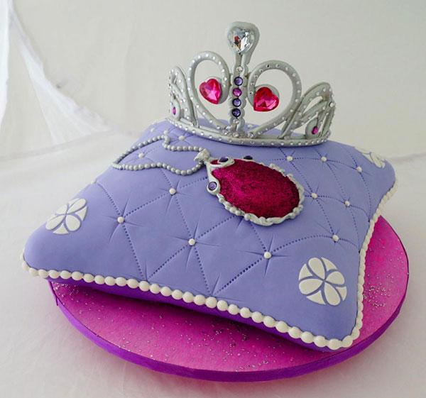 Torta di Sofia la Principessa con decorazioni in pasta di zucchero n.07