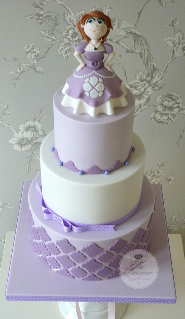 Torta di Sofia la Principessa con decorazioni in pasta di zucchero n.40
