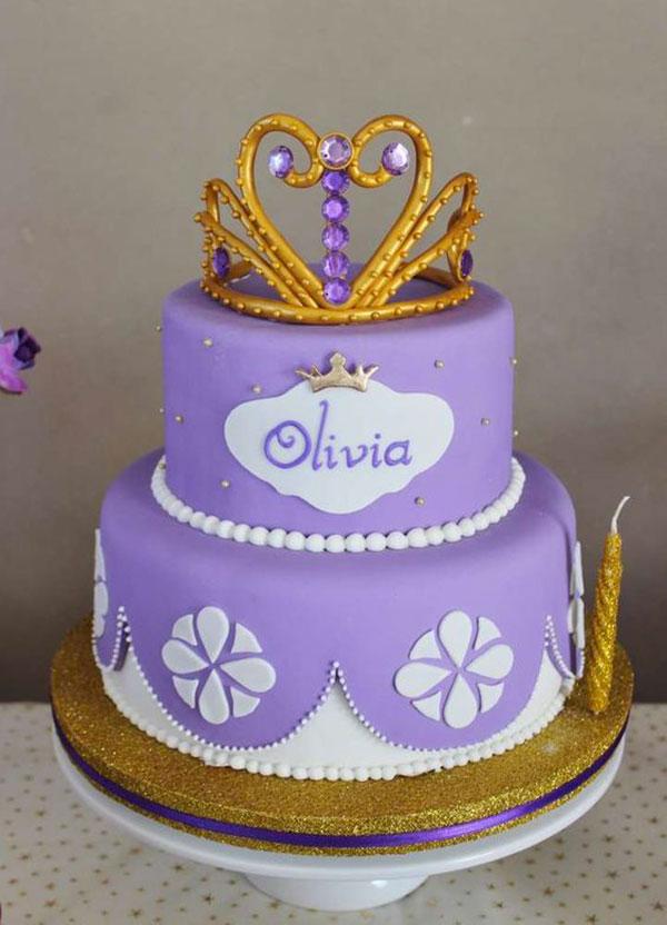 Torta di Sofia la Principessa con decorazioni in pasta di zucchero n.65
