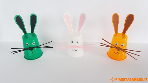 Coniglietti pasquale creati con con materiali di riciclo