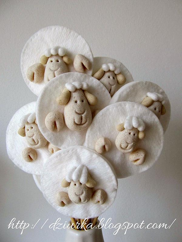 Come creare delle pecorelle pasquali con la pasta di sale