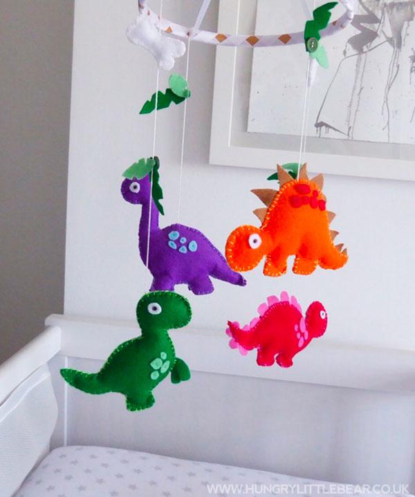Giostrina per culla con dinosauri