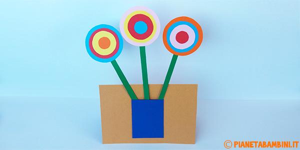 Come creare fiori e vaso di cartoncino