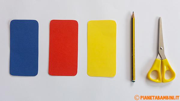 Come ritagliare le sagome per i cellulari di cartoncino