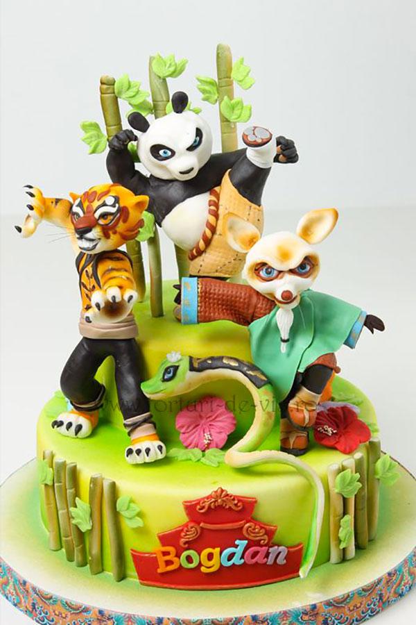 Torta di Kung Fu Panda con decorazioni in pasta di zucchero n.14