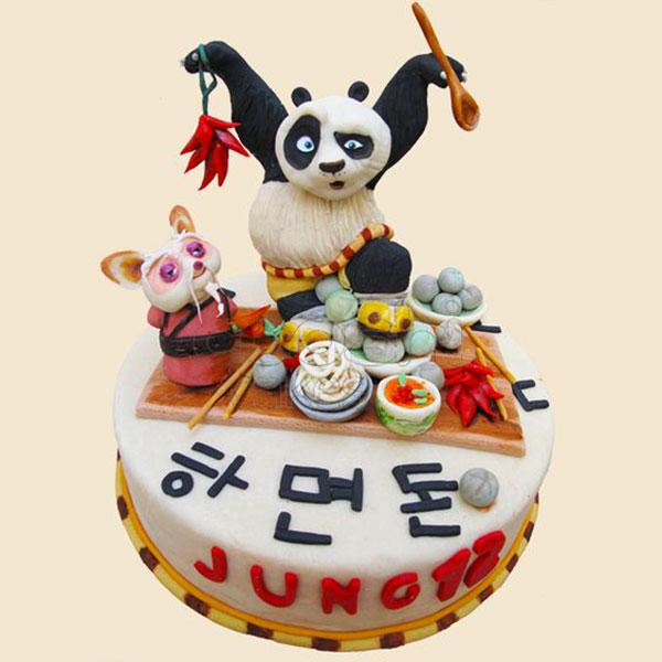 Torta di Kung Fu Panda con decorazioni in pasta di zucchero n.18