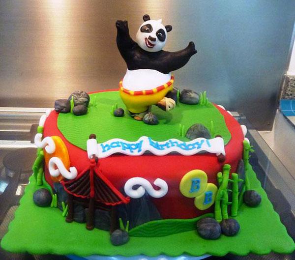 Torta di Kung Fu Panda con decorazioni in pasta di zucchero n.20