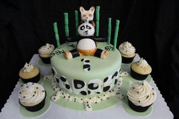 Torta di Kung Fu Panda con decorazioni in pasta di zucchero n.27
