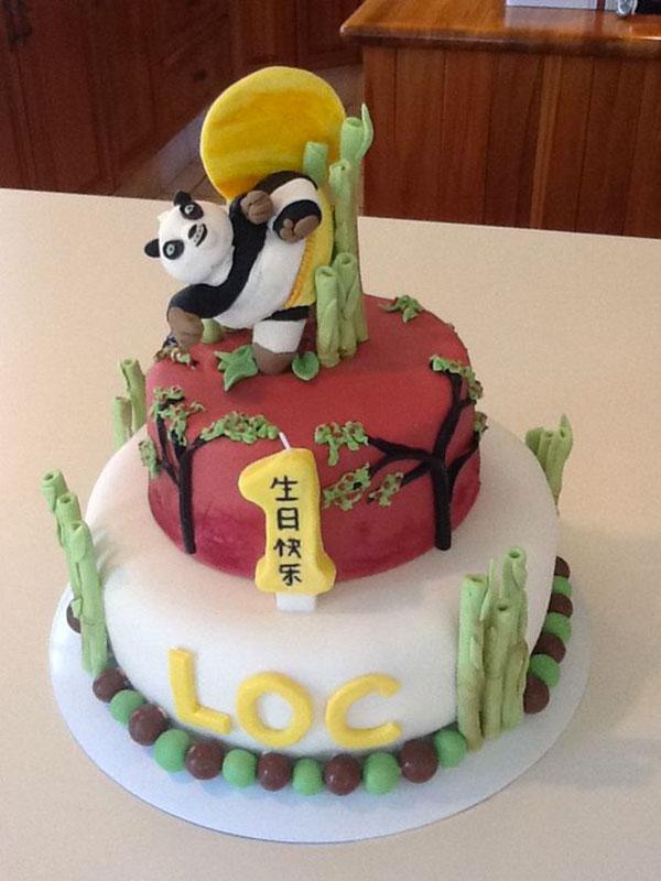 Torta di Kung Fu Panda con decorazioni in pasta di zucchero n.31