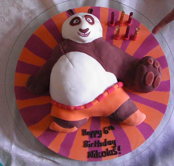 Torta di Kung Fu Panda con decorazioni in pasta di zucchero n.33