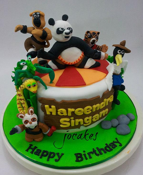 Torta di Kung Fu Panda con decorazioni in pasta di zucchero n.34