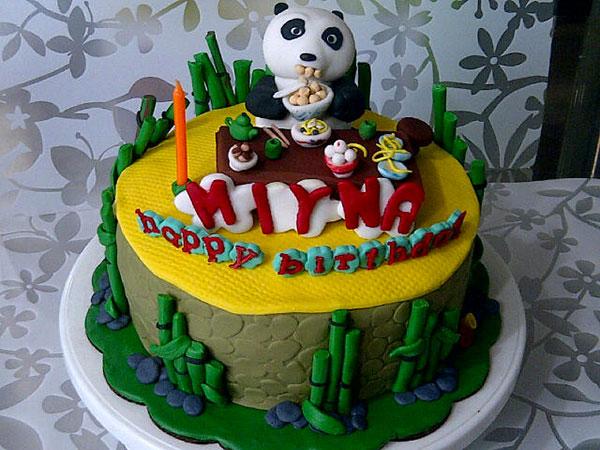 Torta di Kung Fu Panda con decorazioni in pasta di zucchero n.36