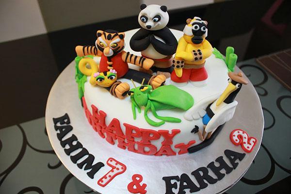 Torta di Kung Fu Panda con decorazioni in pasta di zucchero n.39