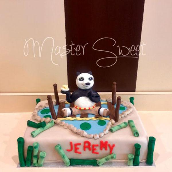 Torta di Kung Fu Panda con decorazioni in pasta di zucchero n.47