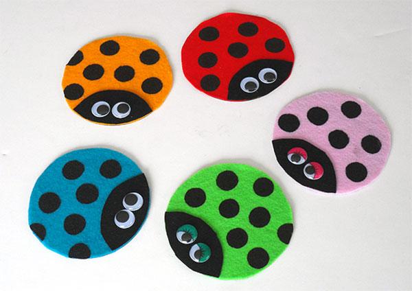 Come creare delle coccinelle con CD riciclati