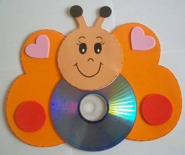 Come creare una farfalla con CD riciclati