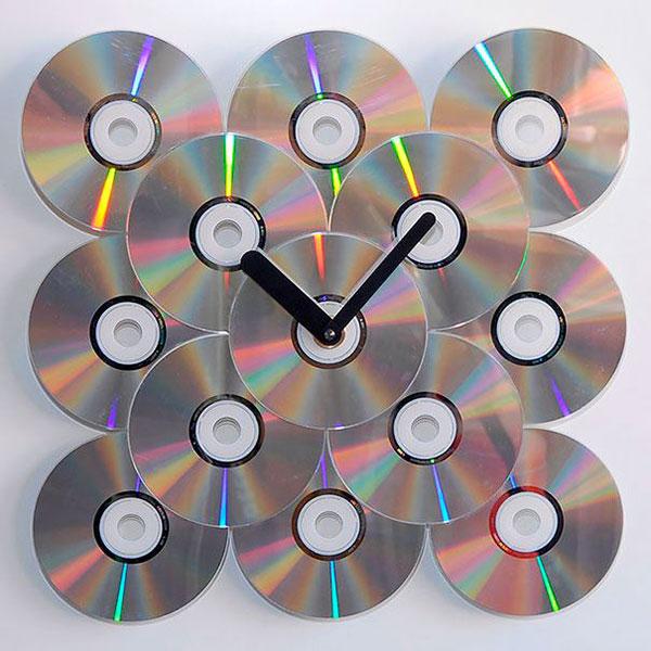 Come creare un orologio con CD riciclati
