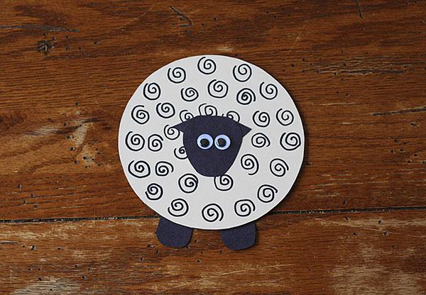 Come creare una pecora con CD riciclati