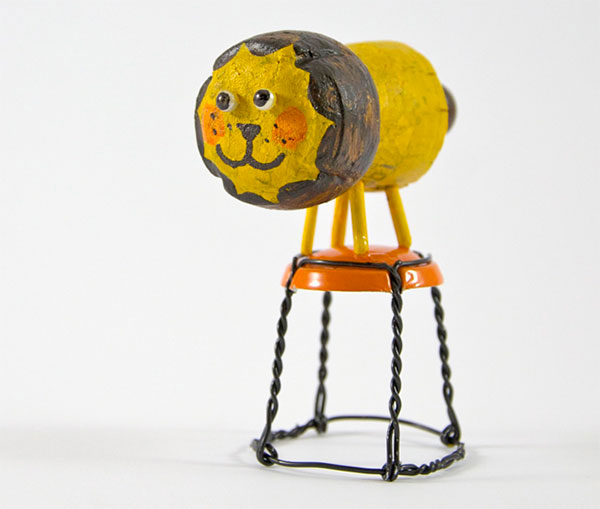 Come creare un leone con tappi di sughero