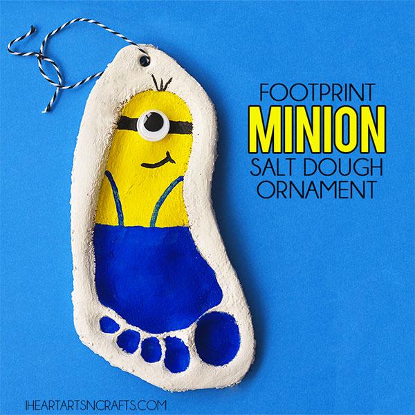 Come creare i Minions con l'impronta di un piede con la pasta di sale