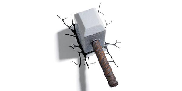 Applique a forma di martello di Thor per la cameretta dei bambini