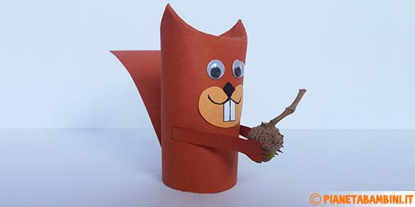 Come creare uno scoiattolo con fine rotolo di carta