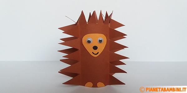 Come creare un riccio con fine rotolo di carta