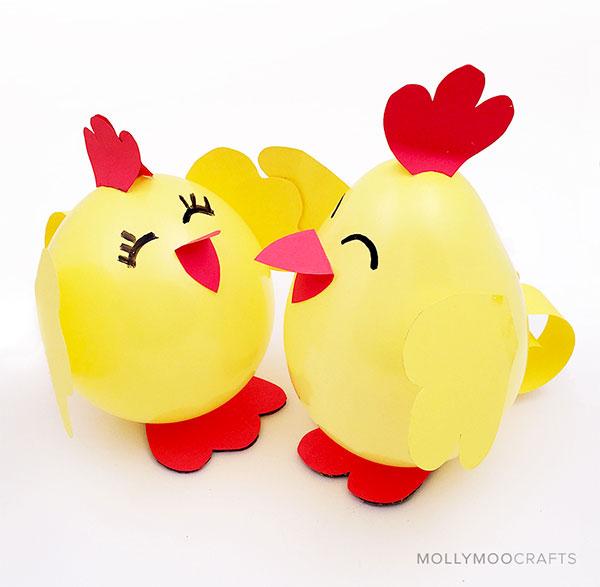Pulcini creati con palloncini