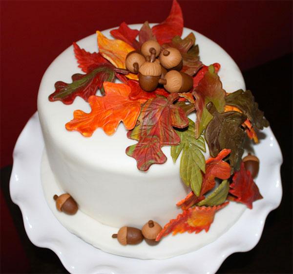 Torta autunnale in pasta di zucchero n.26